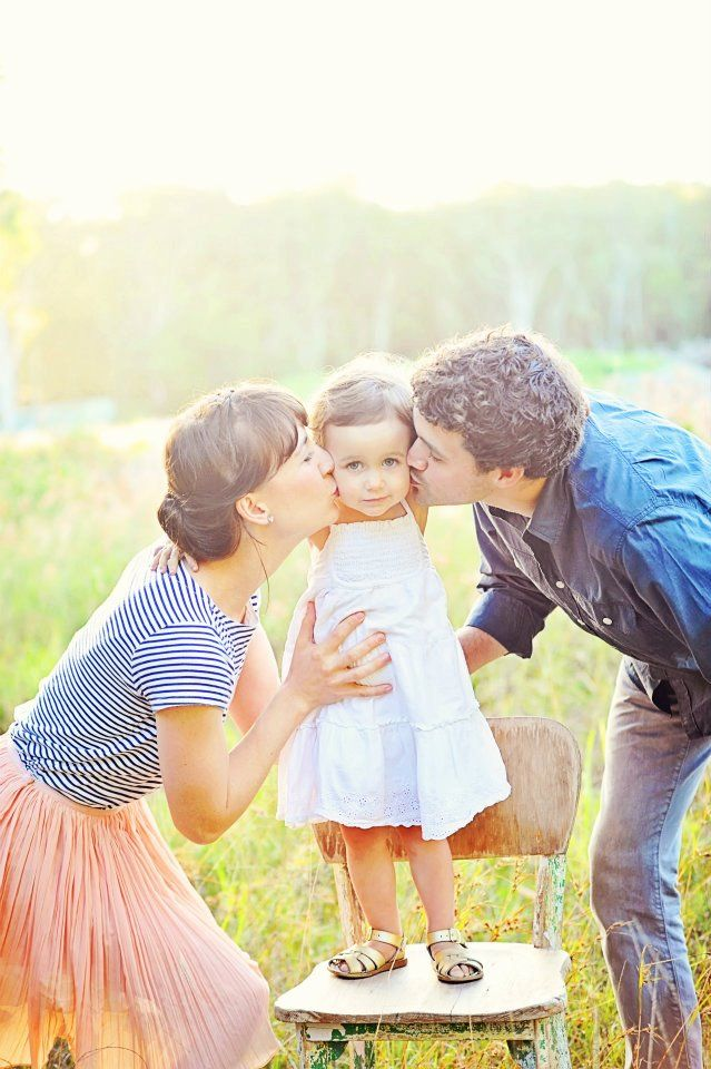 A Lovely Life: Two Year Photos. Want this pic of us! | Family poses | Pinterest | Photography, Family photos and Family Photography