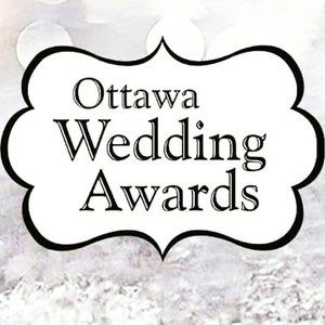Last night we were at the new house till almost midnight. And when I got home I checked my email before I fell asleep and saw that I am a finalist for the Ottawa Wedding Awards under the category Best Photographer! 📷 I am over the moon right now!!! Okay, back to packing 📦