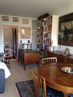 Hyldegårdsvej 12, 2. 2., 2920 Charlottenlund - Stor 1-vær. med helt nyt badeværelse, nyt køkken og stor altan. #solgt #selvsalg #selvsalgdk #dukangodtselv #tilsalg