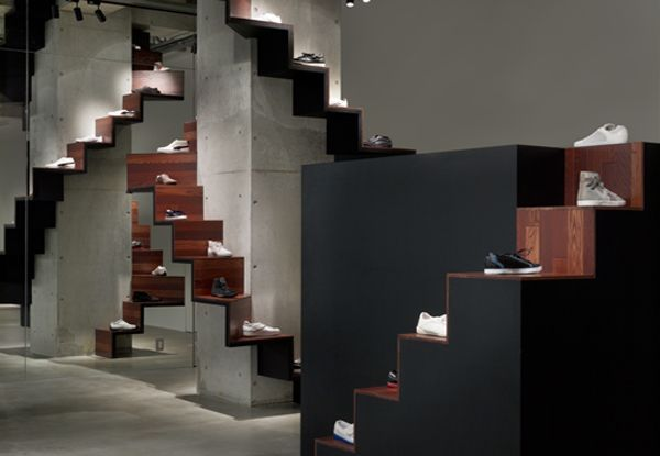 Unique Shoes Store with Staircase Display Product Ideas – Puma House in Aoyoma Tokyo 4