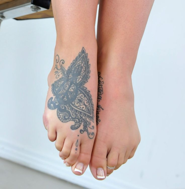 alison tyler feet