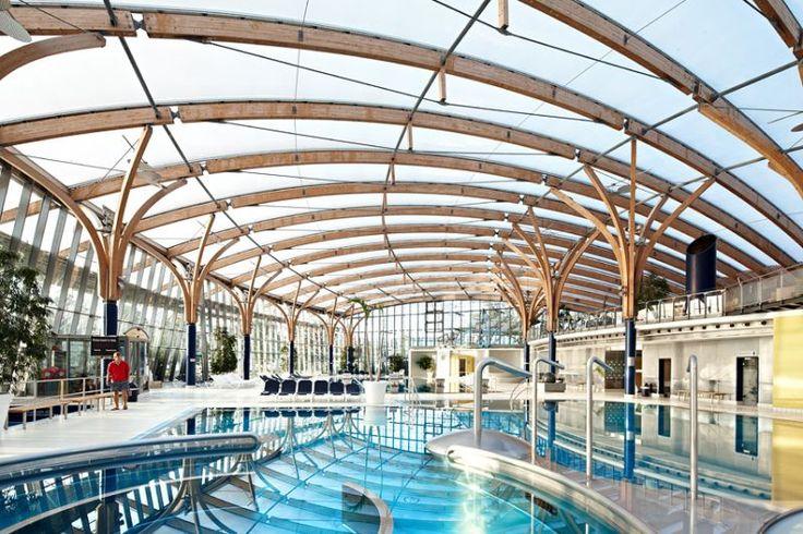 Prienavera Erlebnisbad, Prien – Pneumatisches Dach aus ETFE-Folie und ETFE-Pneus - - Temme Obermeier   Experts for Membrane Building