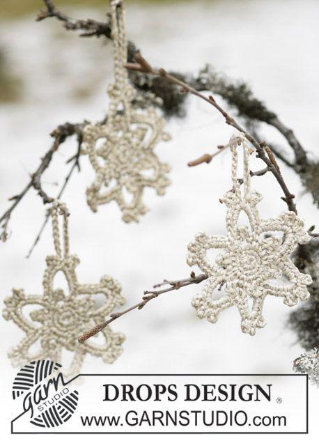 """DROPS stjerne i """"Cotton Viscose"""" og """"Glitter"""" til Jul. ~ DROPS Design"""