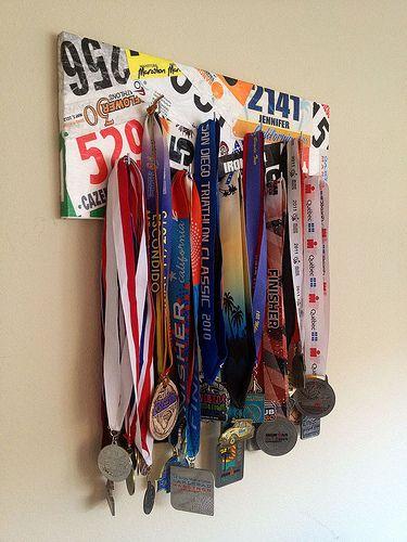 DIY finisher�s medal display