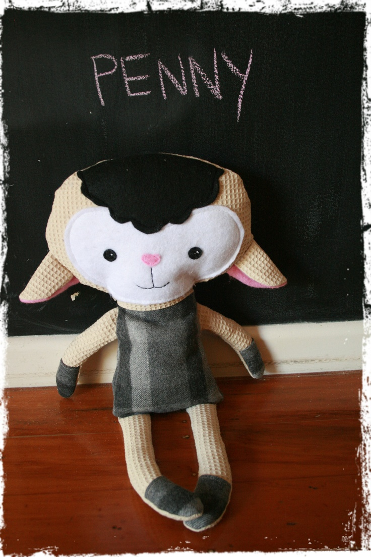 Penny the sheep - dolls and daydreams pattern