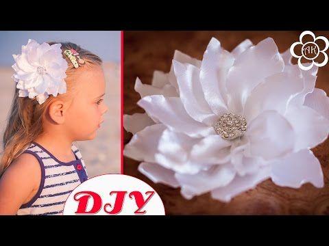Цветок из рельефных лепестков / 1 Сентября / Канзаши / Back to School - YouTube