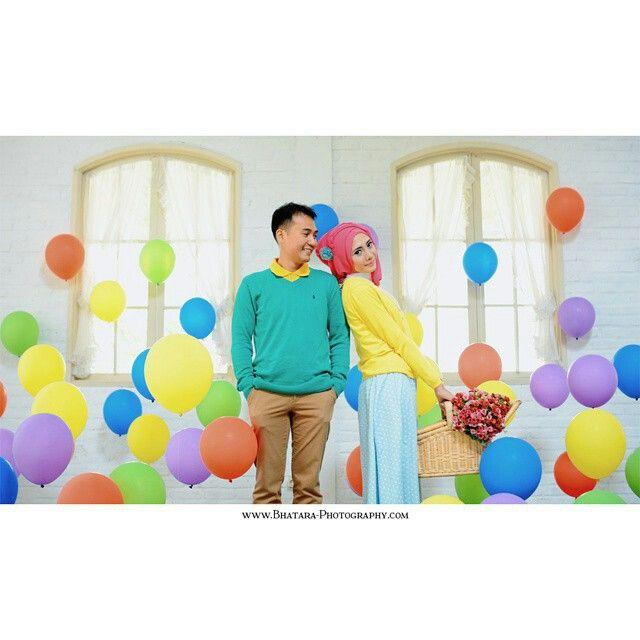 Color Everywhere #prewedding #preweddingbandung #photography #bandung #colorfull