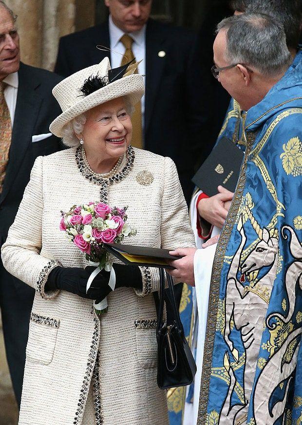 Best 25 Queen Elizabeth Ideas On Pinterest Elizabeth Ii
