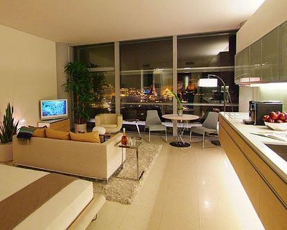 Sky Rise Condos in Las Vegas one of the most exciting cities in the world with many world class High Rise Towers including City Centre, Cosmopolitan, Metropolis, Turnberry, Panorama and Trump Towers. Jamie Rice have over 20 years of Las Vegas real estate and luxury condo experience and I am here to find you your dream condo/apartment.  at https://lorie17aprilblog.wordpress.com/