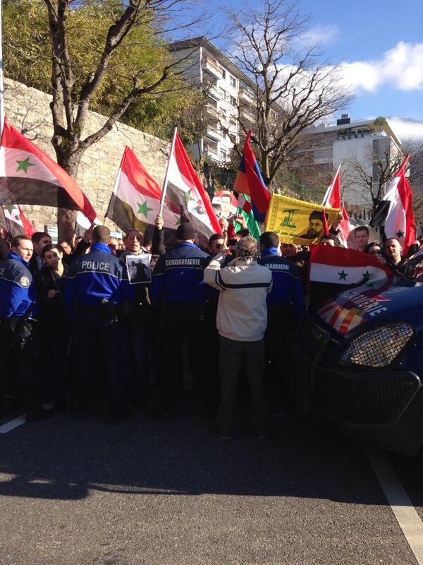 """@julioteleSUR: """"Manifestaciones en Montreux en defensa del gobierno de Bashar al Asad"""""""