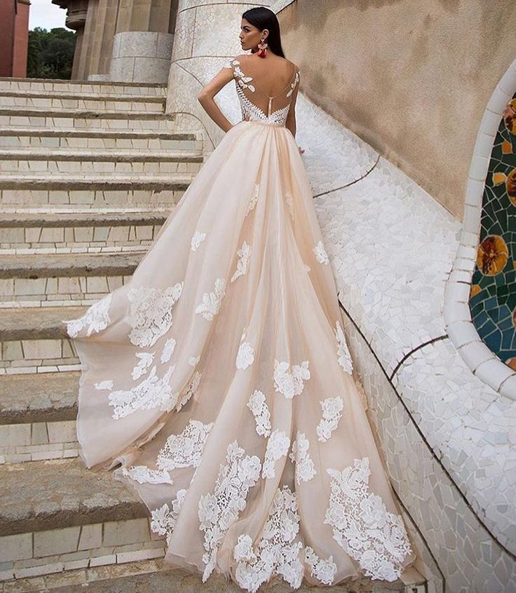 The absolute wedding dress for fairytale brides! #primalicia #weddingdress #millanova