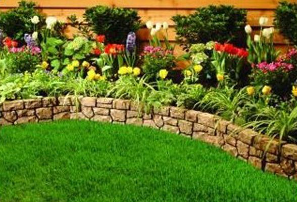 simple border for a small retaining wall - Stone landscape edging - easy landscaping ideas for small front yard