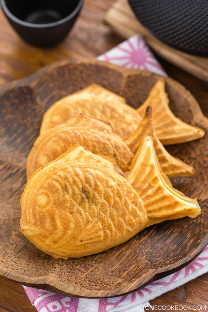 Taiyaki - Japanese fish-shaped cake snack with sweet red bean filling, traditionally sold by street vendors. | Easy Japanese Recipes at JustOneCookbook.com