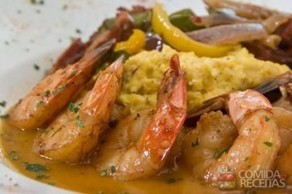 Receita de Ensopado de camarão em Crustaceos, veja essa e outras receitas aqui!