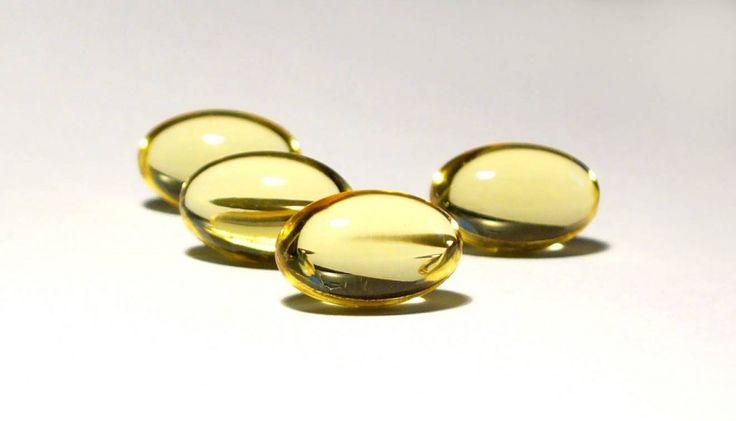 La vitamina E, chiamata tocoferolo, è indispensabile per l'organismo che contribuisce al mantenimento dell'integrità cellulare. Le fonti migliori di vitamina E sono gli oli vegetali polinsaturi, i semi, le noci e i cereali integrali. Altre fonti di vitamina E sono gli asparagi, l