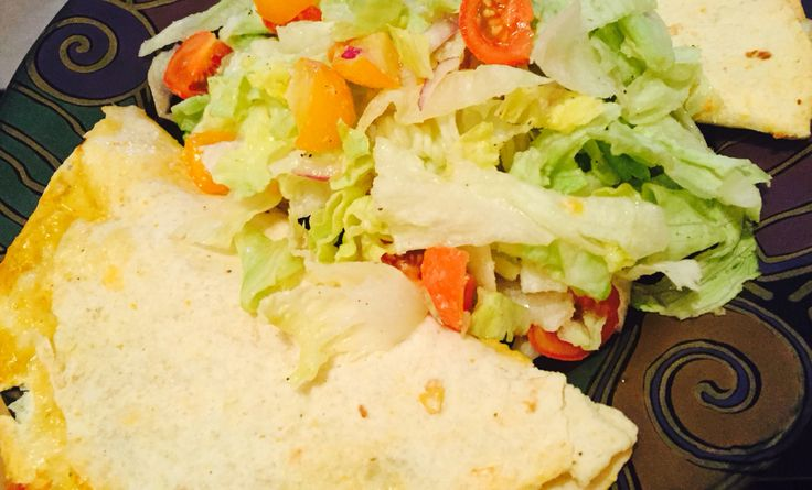 Quesadillas et salade d'été