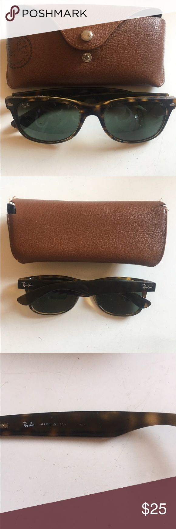 Authentic Ray Ban Wayfarer Sunnies! 😎 Classic Ray ban wayfarer sunglasses in tortoise print with brown gradient lenses. They do have wear (inside of arms/ printing are mostly worn), scratches on right lense (doesn't bother me much). Includes case. Retail $130 Ray-Ban Accessories Sunglasses