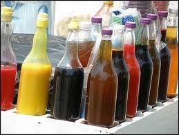 MIEL DE VAINILLA PARA RASPADO     INGREDIENTES:  2 litros de de leche. 1/2 litro de vainilla liquida.  medio kilo de azúcar .  colorante a...