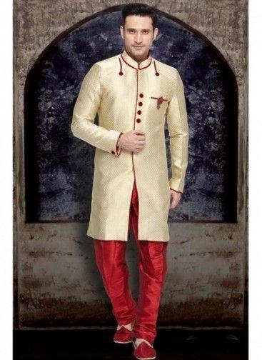 Sherwani Couleur Crème de Concepteur Indien Pour le Marié in borcade