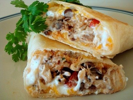 Southwest Chicken Wraps: Burritos, Sour Cream, Black Beans, Crispy Southwest, Green Peppers, Shredded Chicken, Southwest Chicken Wraps, Healthy Recipes, Green Onions