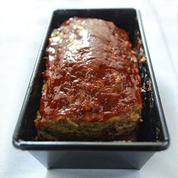 Zucchini Meatloaf - Great way to sneak veggies into a meal! Going to try a paleo recipe version of this.