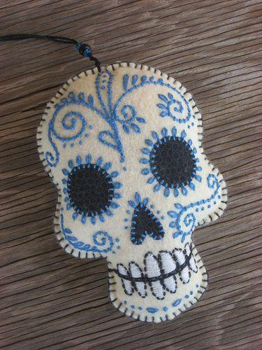 dia de los muertos skull