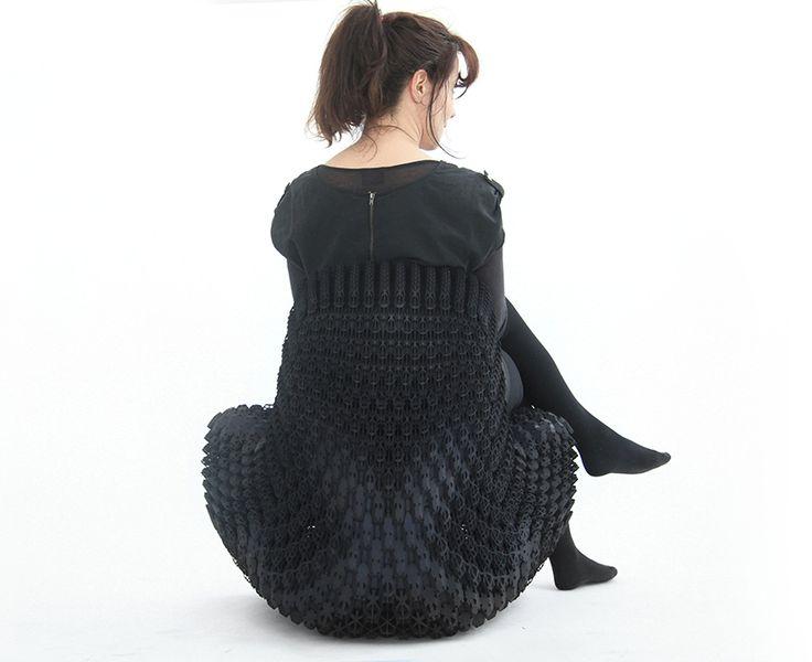 Microestructuras por Joris Laarman, sillas de Impresión 3D Un proyecto que busca llevar la impresión 3D al siguiente nivel produciendo objetos funcionales para la vida contemporánea a partir de celdas paramétricas