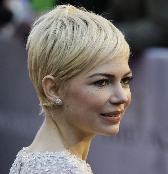 Michelle Williams is growing out her short hair | Gallery | Wonderwall