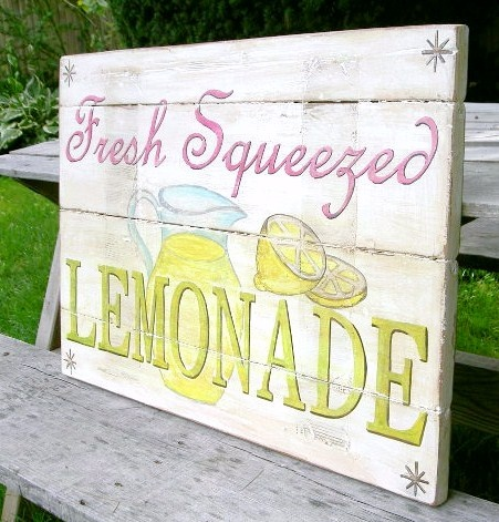Lemonade sign. Want.