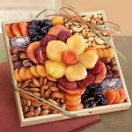 Flora Dried Fruit and Nut Tray: Golden States, Flora Dry, Gifts Baskets, Fruit Flora, States Fruit, Dry Fruit, Gifts Ideas, Gifts Trays, Nut Gifts