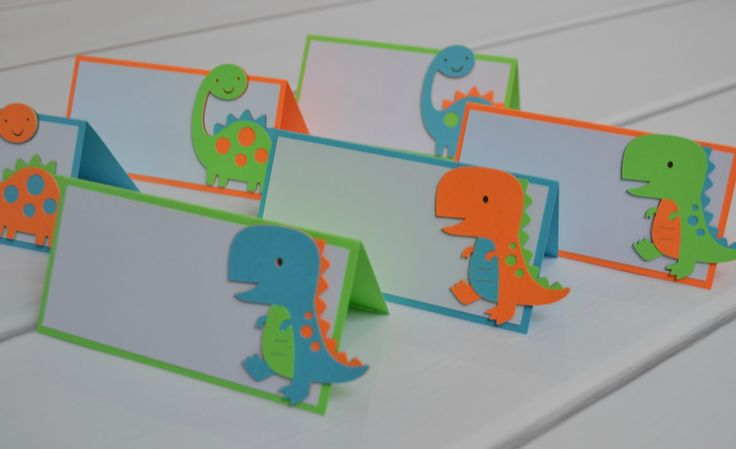 Dinosaurio tienda alimentos etiquetas o tarjetas del lugar