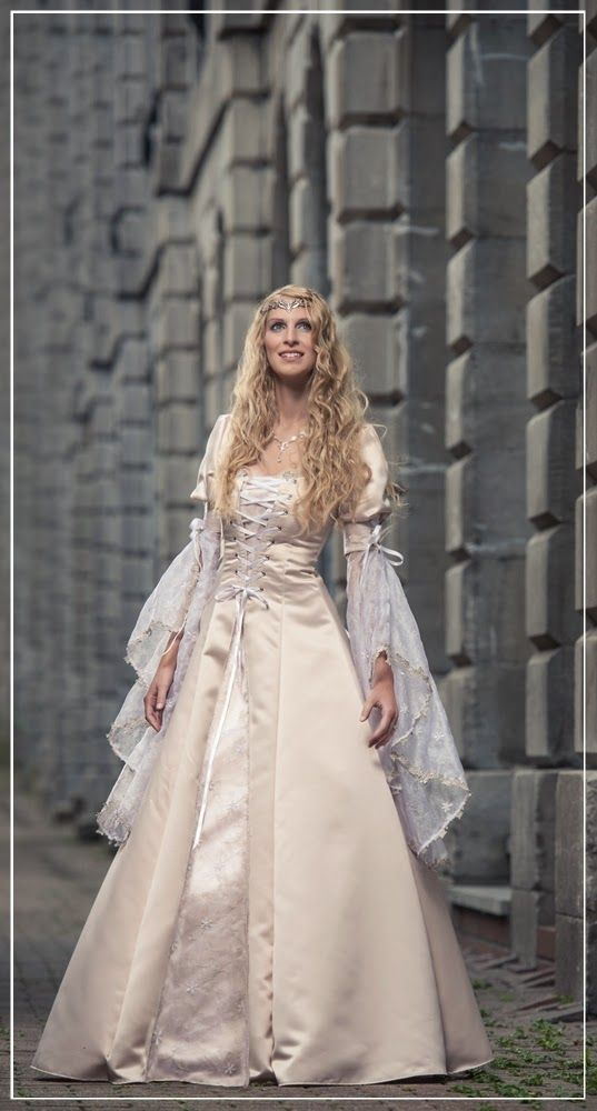 Best 25 medieval wedding dresses ideas on pinterest for Medieval style wedding dress