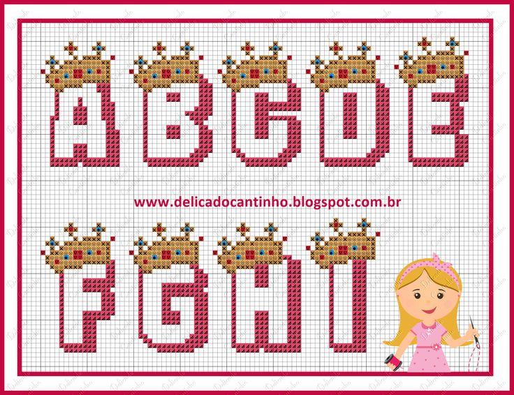 A-I  Princess Alphabet pattern  by Delicado Cantinho - http://delicadocantinho.blogspot.com.br/2016/03/graficos-ponto-cruz-ursinha-rainha.html