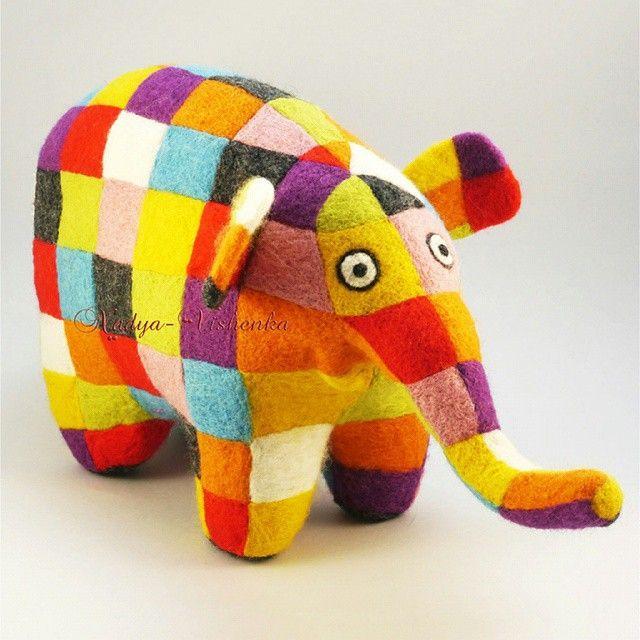 Автор: @nadezhda_vishenka. Валяная игрушка из шерсти - слон Элмер. Оригинальные игрушки, картины и аксессуары из войлока и шерсти от Надежды Вишенки. Полностью ручная работа, натуральные материалы.