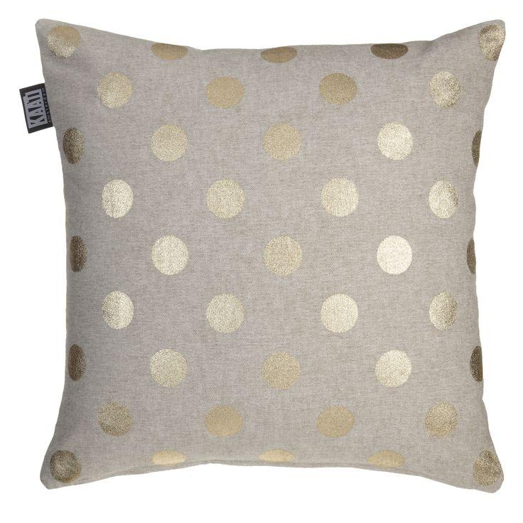 Decoratiekussen KAAT Gold rush Gold - NIEUWE COLLECTIE | Cushion KAAT | http://www.livengo.nl/beddengoed/sierkussens | #sierkussen #goud #stippen #slaapkamer #livengo