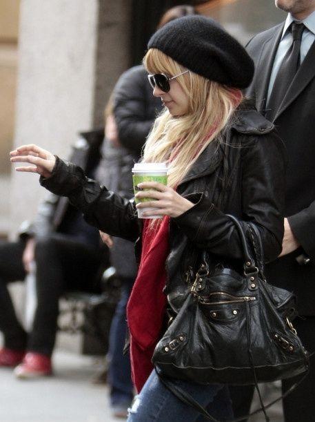 Nicole Richie Style: Balenciaga Noir City Bag