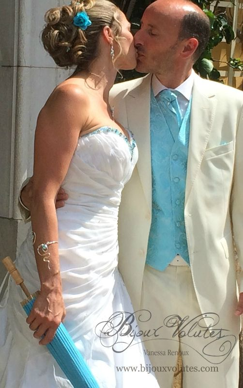 Les 25 meilleures id es de la cat gorie ombrelle mariage sur pinterest parapluie mariage for Commander fleurs sur internet