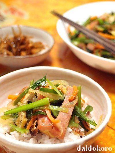 ご飯がススム!ポークランチョンミート(スパム)と小松菜のニンニク ... ポークランチョンミート(スパム)と小松菜のニンニクしょう油麹炒め