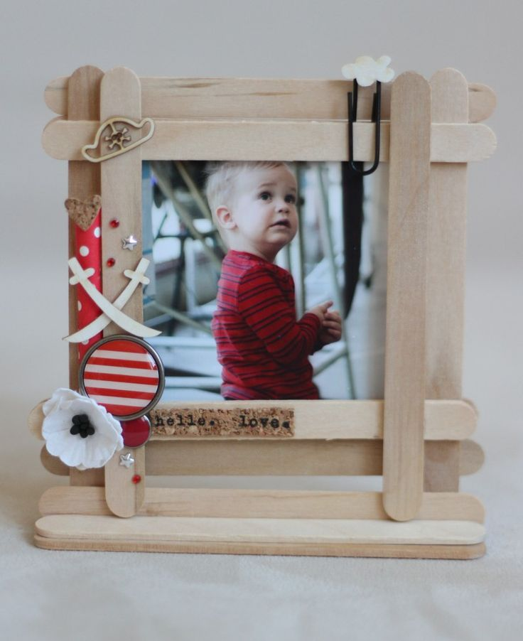 Picture frame by Fraupester