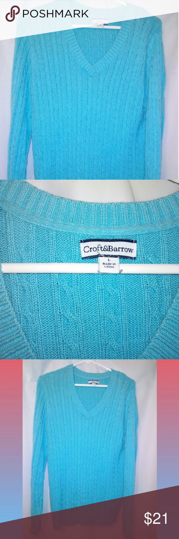 Turquoise Blue Croft and Barrow Cable Sweater~L Gorgeous Turquoise Blue v-neck cable knit sweater,in like new condition! No hangar marks,only hung to photograph. Women's large. Only wore once! croft & barrow Sweaters V-Necks