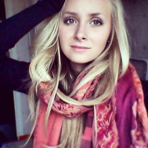 #Colorful #scarf #blond