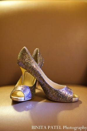indian wedding bride shoes http://maharaniweddings.com/gallery/photo/9013