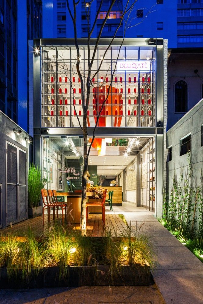 Restaurante Deliqatê / FGMF Arquitetos - Sao Paulo, Brasil