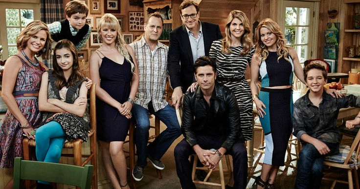 The Tanners Returns in First 'Fuller House' Photos -- Candace Cameron Bure and Jodie Sweetin reunite with the rest of the 'Full House' cast for a first look at Netflix's 'Fuller House'. -- http://movieweb.com/fuller-house-photos-tanner-family-netflix-series/