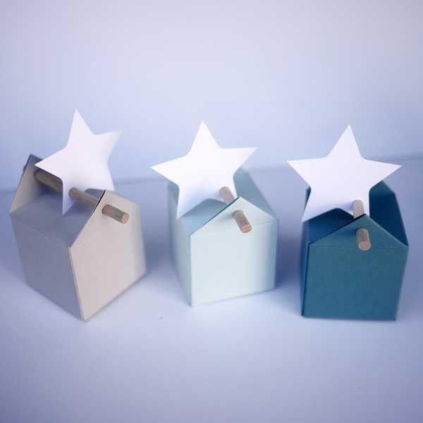La Dragée design :  candy favor boxes with stars