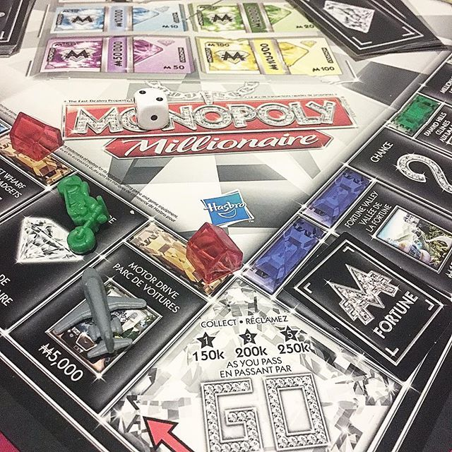 I love me some game night! This is a fast track #monopoly that's tons of fun and doesn't take 6hrs like the original . # Anyone else enjoy board games what's your favourite?