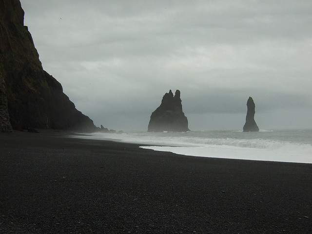 Black sand beach at Vik, Iceland by Thin Glass, via Flickr