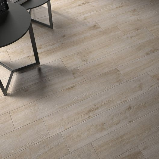 17 best images about parquet carrelage type bois on for Carrelage 90x90 beige
