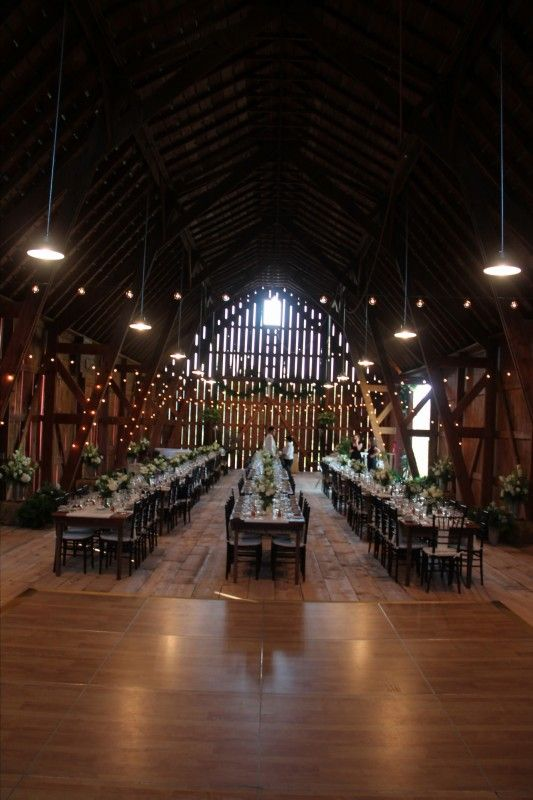a00e980b75b877793e66fd8d2e2a0b75 - country wedding barn