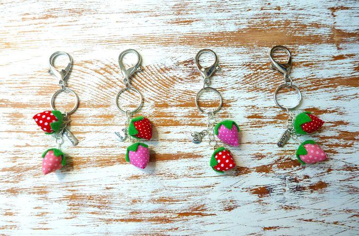 Facebook LovCraftShop- strawberry keychain